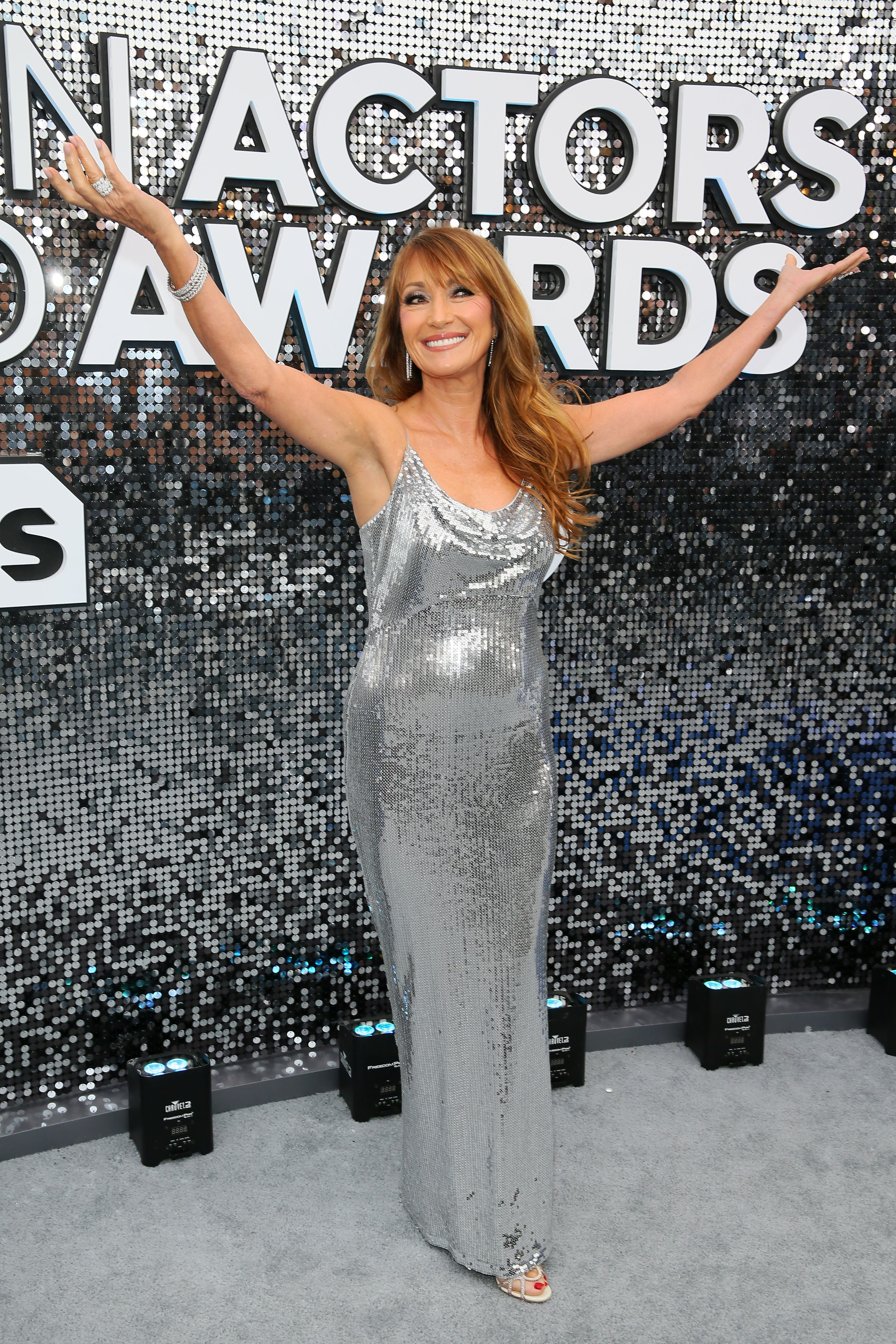 US/British actress Jane Seymour arrives for the 26th Annual Screen Actors Guild Awards at the Shrine Auditorium in Los Angeles on January 19, 2020. (Photo by Jean-Baptiste Lacroix / AFP) (Photo by JEAN-BAPTISTE LACROIX/AFP via Getty Images)