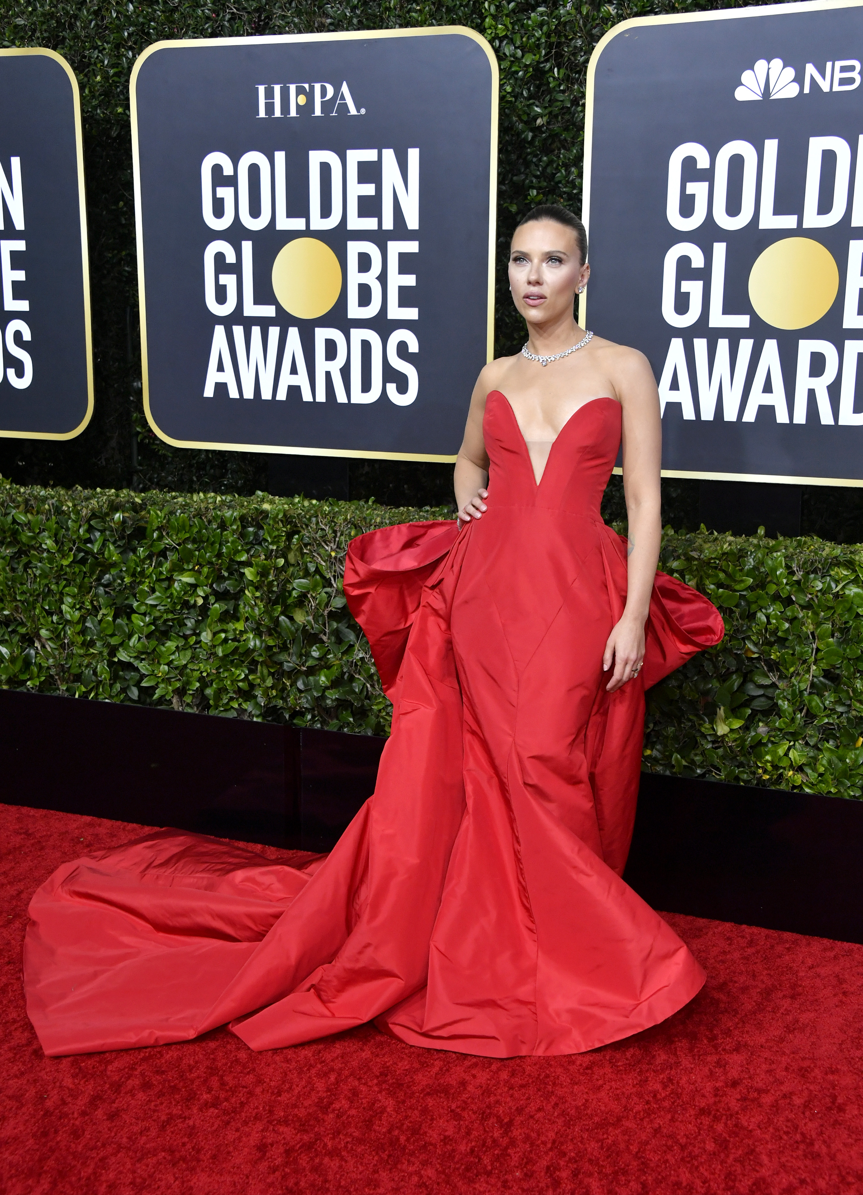 BEVERLY HILLS, CALIFORNIA - JANUARY 05: Scarlett Johansson attends the 77th Annual Golden Globe Awards at The Beverly Hilton Hotel on January 05, 2020 in Beverly Hills, California. (Photo by Frazer Harrison/Getty Images)