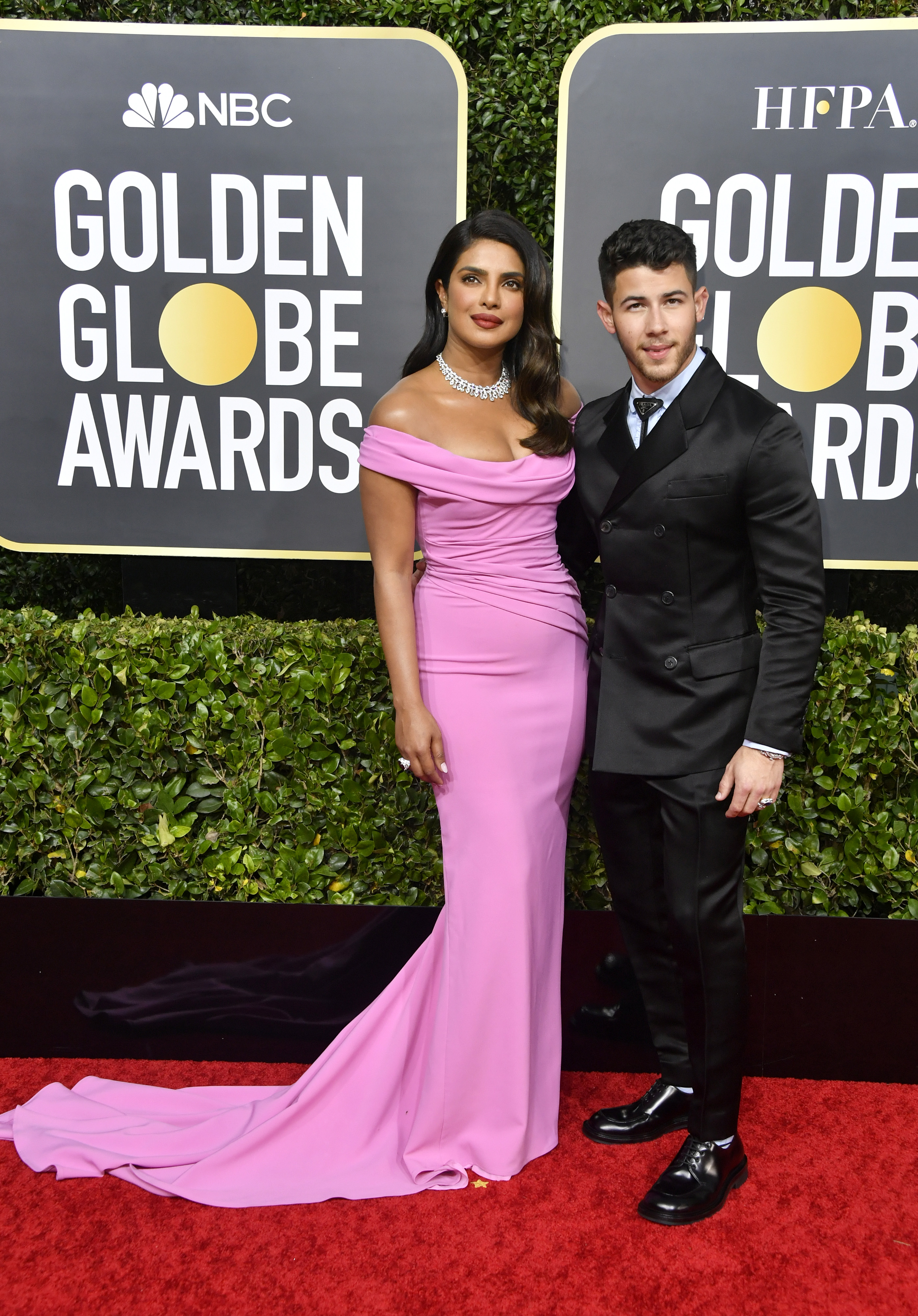 BEVERLY HILLS, CALIFORNIA - JANUARY 05: (L-R) Priyanka Chopra Jonas and Nick Jonas attend the 77th Annual Golden Globe Awards at The Beverly Hilton Hotel on January 05, 2020 in Beverly Hills, California. (Photo by Frazer Harrison/Getty Images)