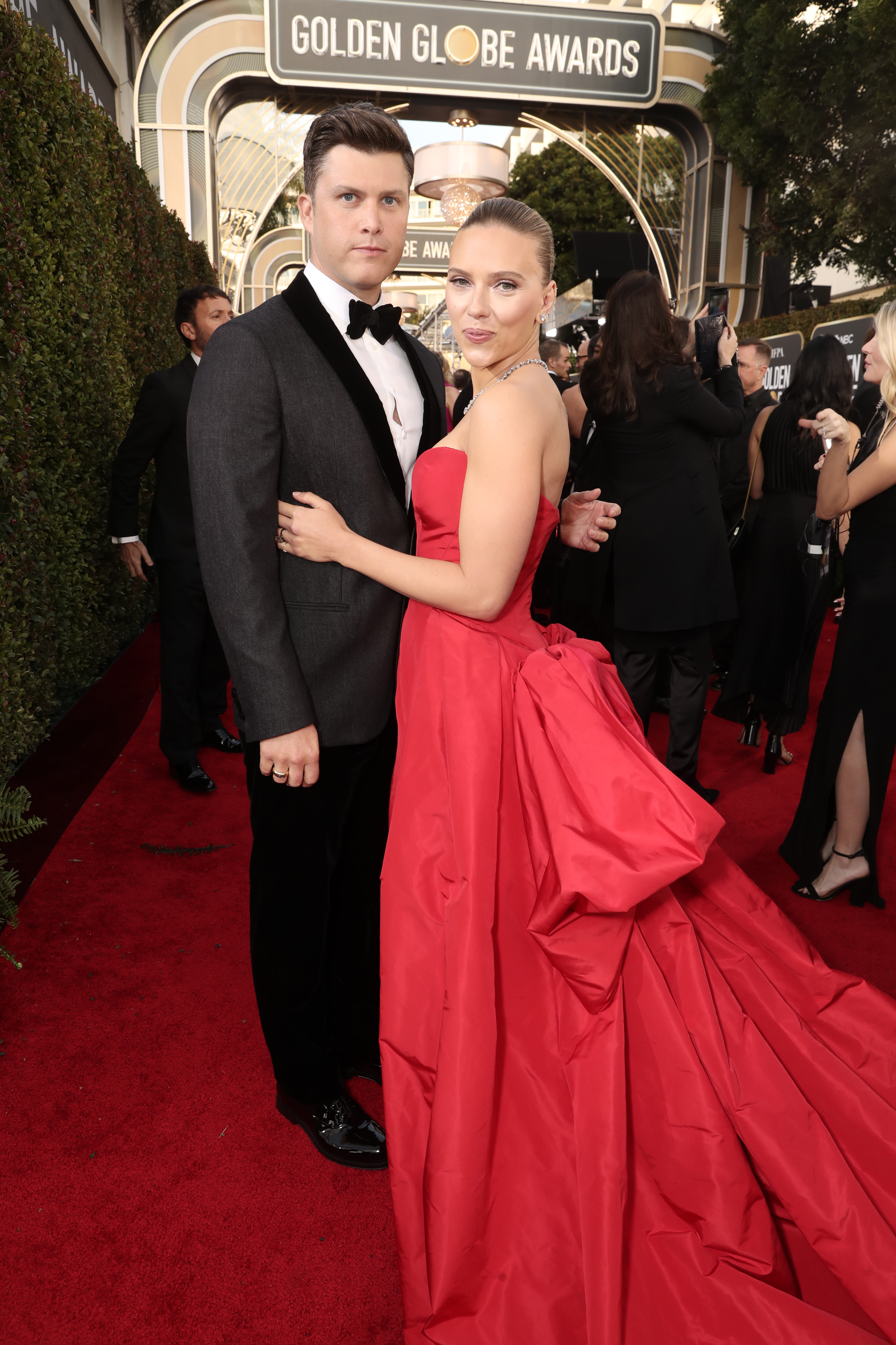 BEVERLY HILLS, CALIFORNIA - JANUARY 05: 77th ANNUAL GOLDEN GLOBE AWARDS -- Pictured: (l-r) Colin Jost and Scarlett Johansson arrive to the 77th Annual Golden Globe Awards held at the Beverly Hilton Hotel on January 5, 2020. -- (Photo by: Todd Williamson/NBC/NBCU Photo Bank via Getty Images)
