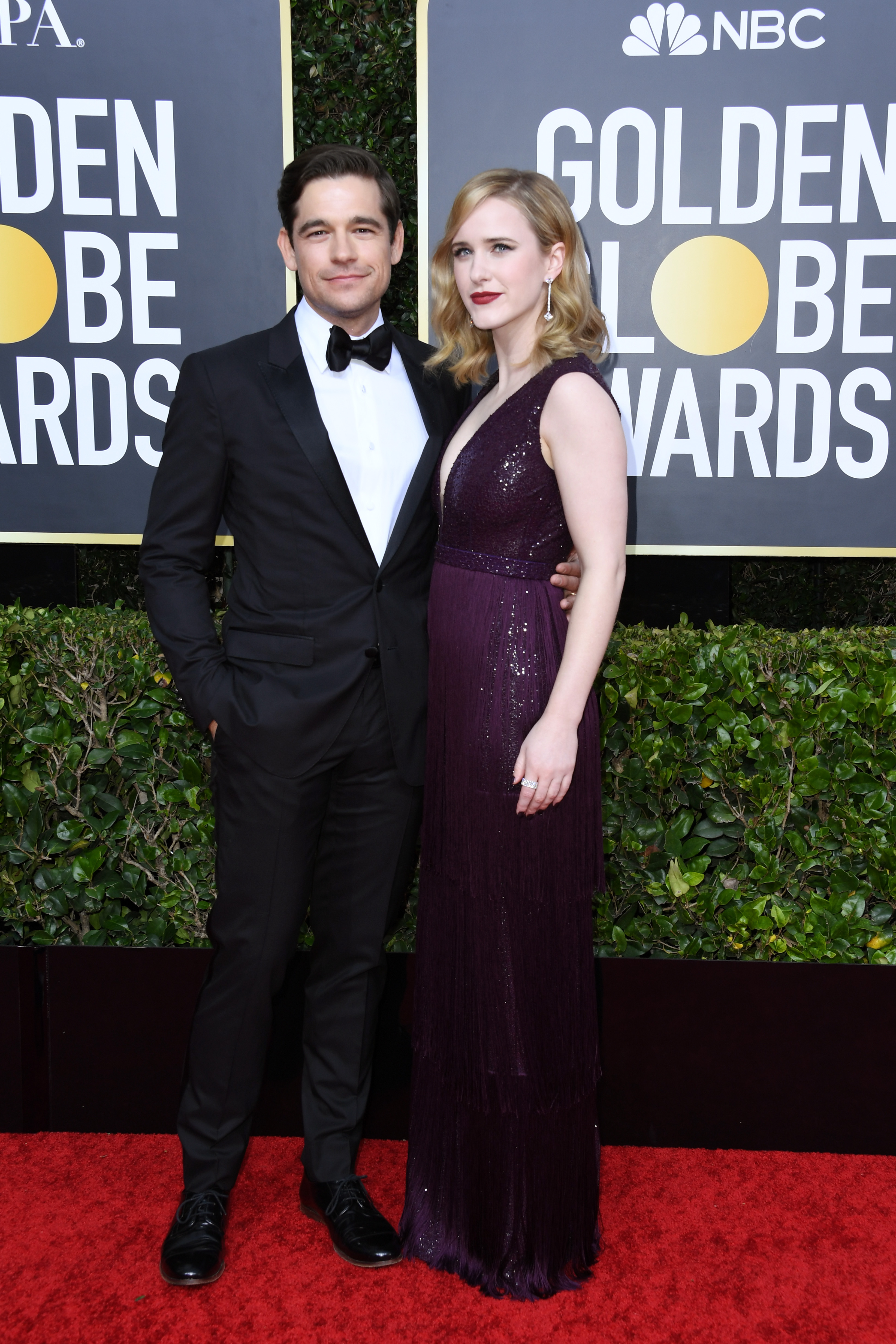 BEVERLY HILLS, CALIFORNIA - JANUARY 05: (L-R) Jason Ralph and Rachel Brosnahan attend the 77th Annual Golden Globe Awards at The Beverly Hilton Hotel on January 05, 2020 in Beverly Hills, California. (Photo by Jon Kopaloff/Getty Images)