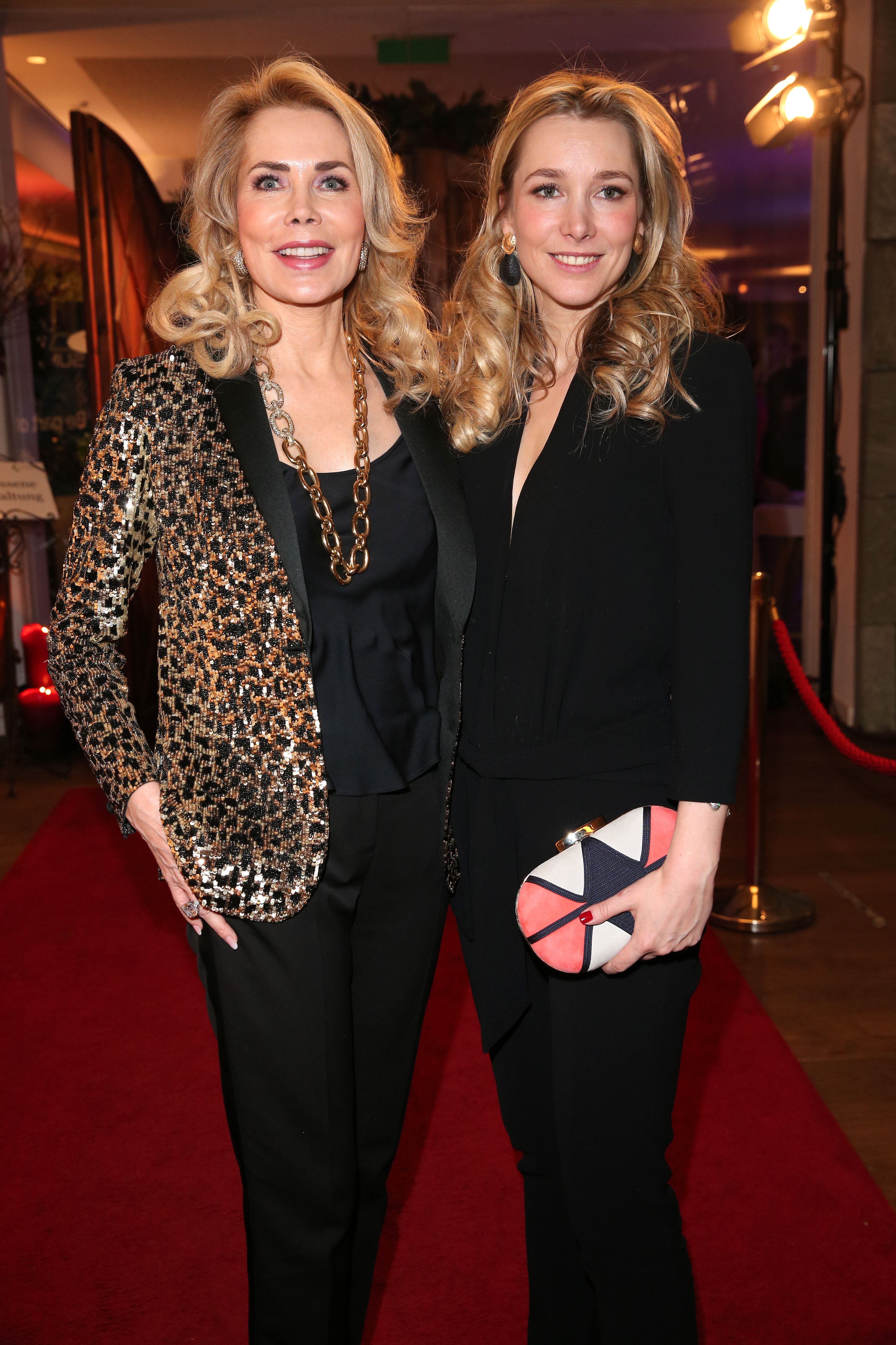 KITZBUEHEL, AUSTRIA - JANUARY 23: Princess Gabriele of Leiningen and her daughter Princess Theresa of Leiningen during the Schwarzenegger climate initiative charity dinner prior the Hahnenkamm Ski Races (Hahnenkammrennen) at Country Club on January 23, 2020 in Kitzbuehel, Austria. (Photo by Gisela Schober/Getty Images)