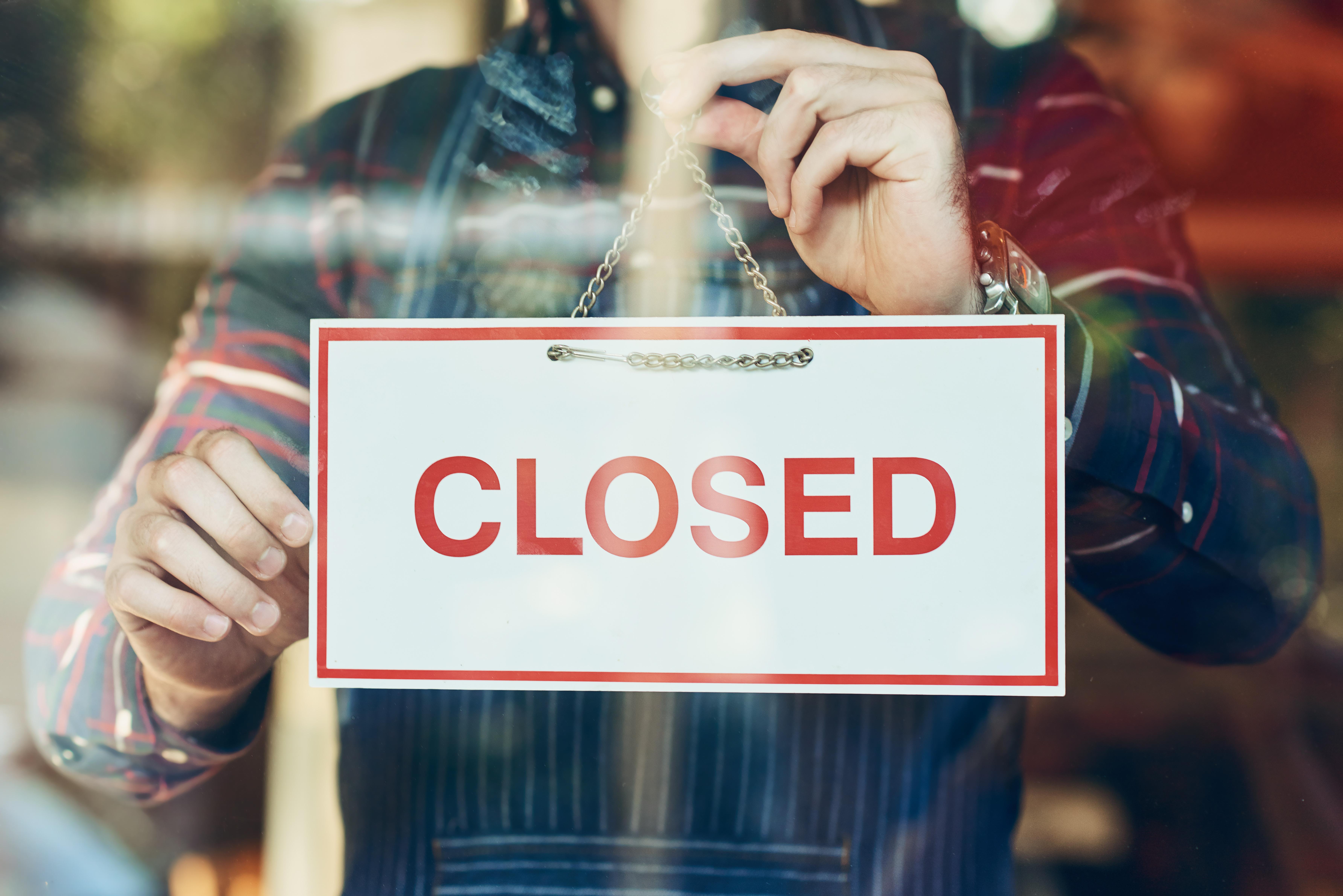 Coronavirus Hits Retailers Worldwide Store Closures And Reduce Hours