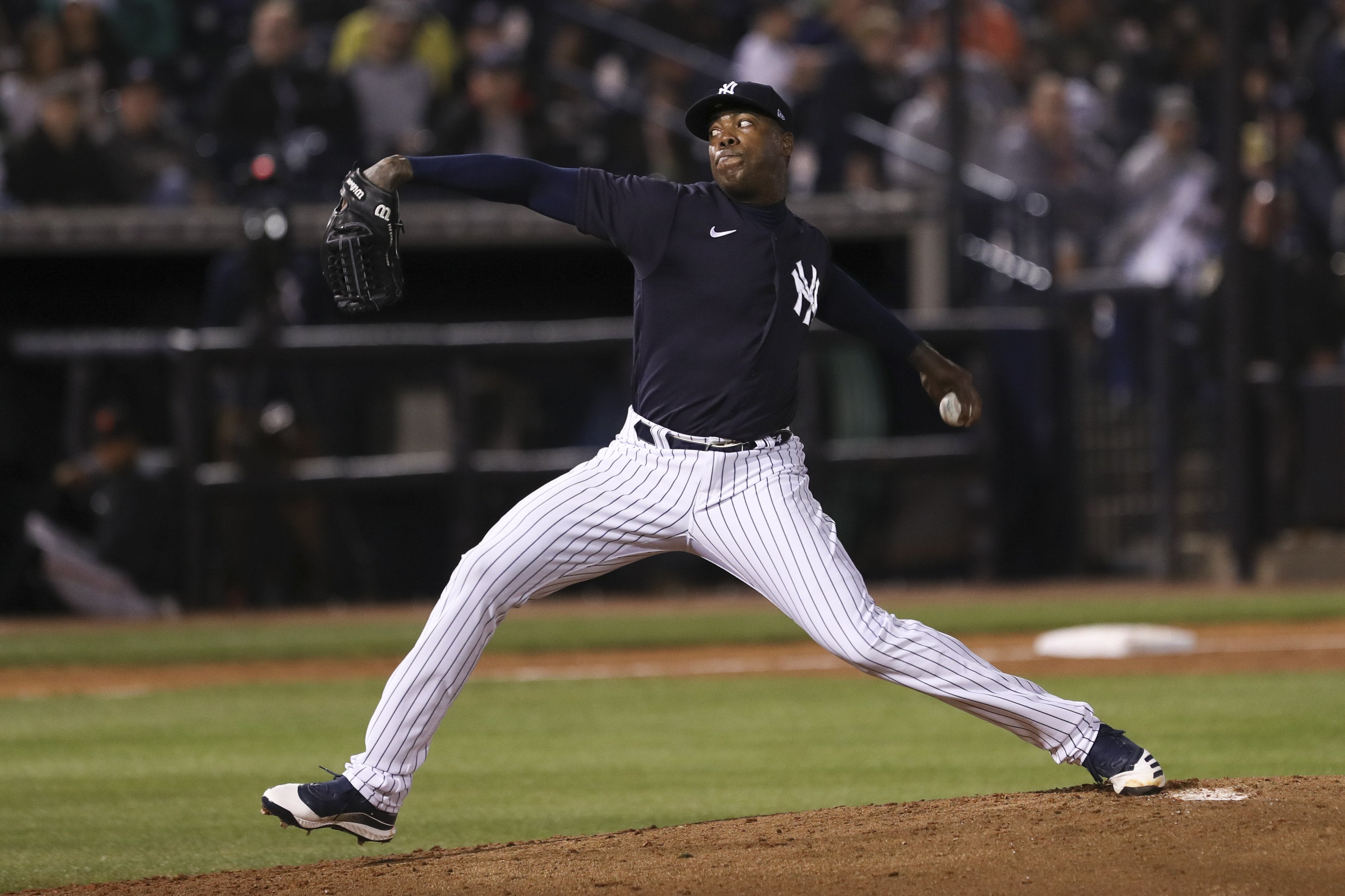 Yankees' Aroldis Chapman tests positive for coronavirus, says manager