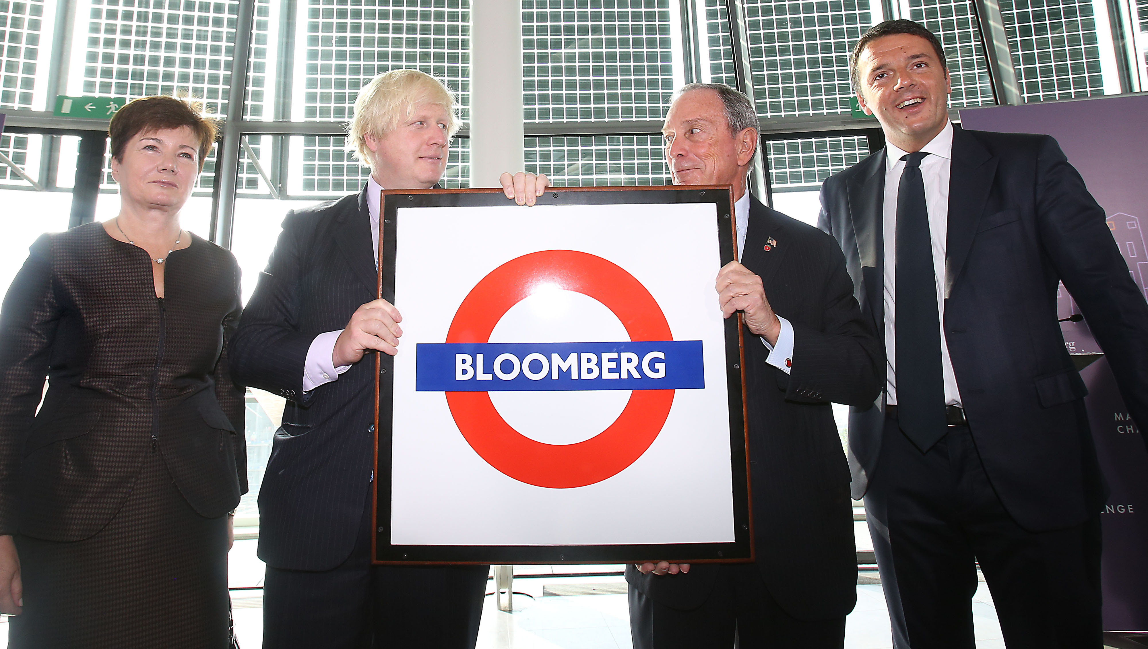 (left to right) Hanna Gronkiewicz-Waltz the mayor of Warsaw, Boris Johnson the Mayor of London, Michael Bloomberg the Mayor of New York and Matteo Renzi the Mayor of Florence at the launch of the Mayors Challenge in Europe at City Hall in London, Boris Johnson is holding a gift presented to Michael Bloomberg . PRESS ASSOCIATION Photo. Picture date: Tuesday September 24, 2013. The competition invites leaders of European cities to enter with prizes of 5 million Euros for the grand winner. PRESS ASSOCIATION Photo. Picture date: Tuesday September 24, 2013. The competition invites leaders of European cities to enter with prizes of 5 million Euros for the grand winner. Photo credit should read: Philip Toscano/PA Wire