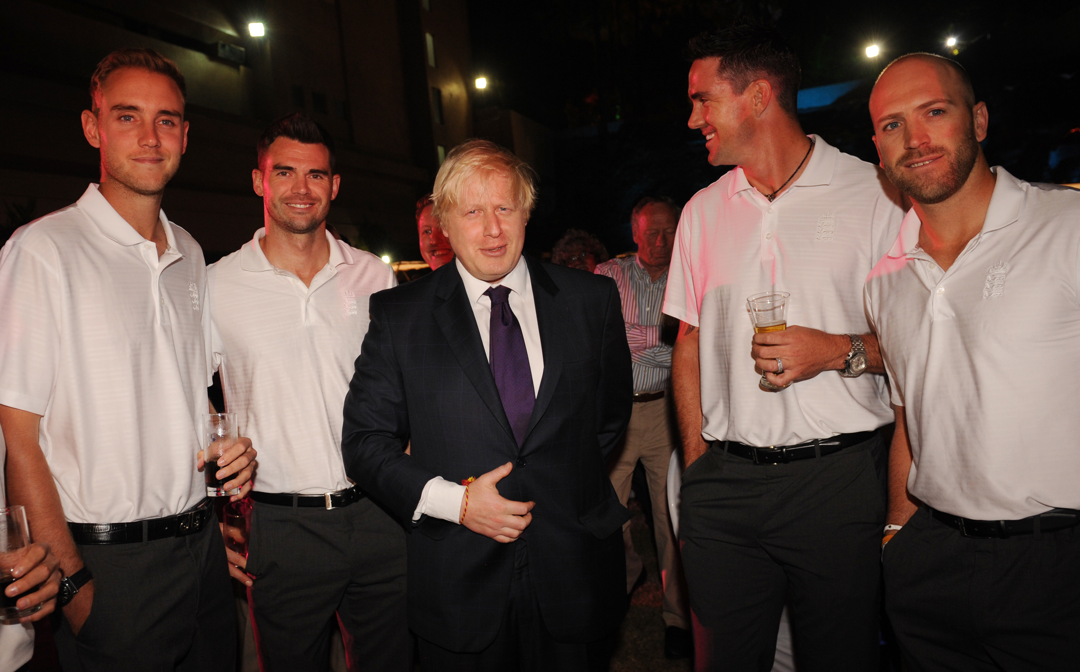 England cricketers Stuart Broad (left), James Anderson (2nd left), Kevin Pietersen (2nd right) and Matt Prior (right) pose for a photograph with Mayor of London Boris Johnson at a reception hosted by the Mayor in Mumbai, India. PRESS ASSOCIATION Photo. Picture date: Wednesday November 28, 2012. Mr Johnson is on a week long tour of India where he will be trying to persuade Indian businesses to invest in London. See PA story POLITICS Johnson. Photo credit should read: Stefan Rousseau/PA Wire