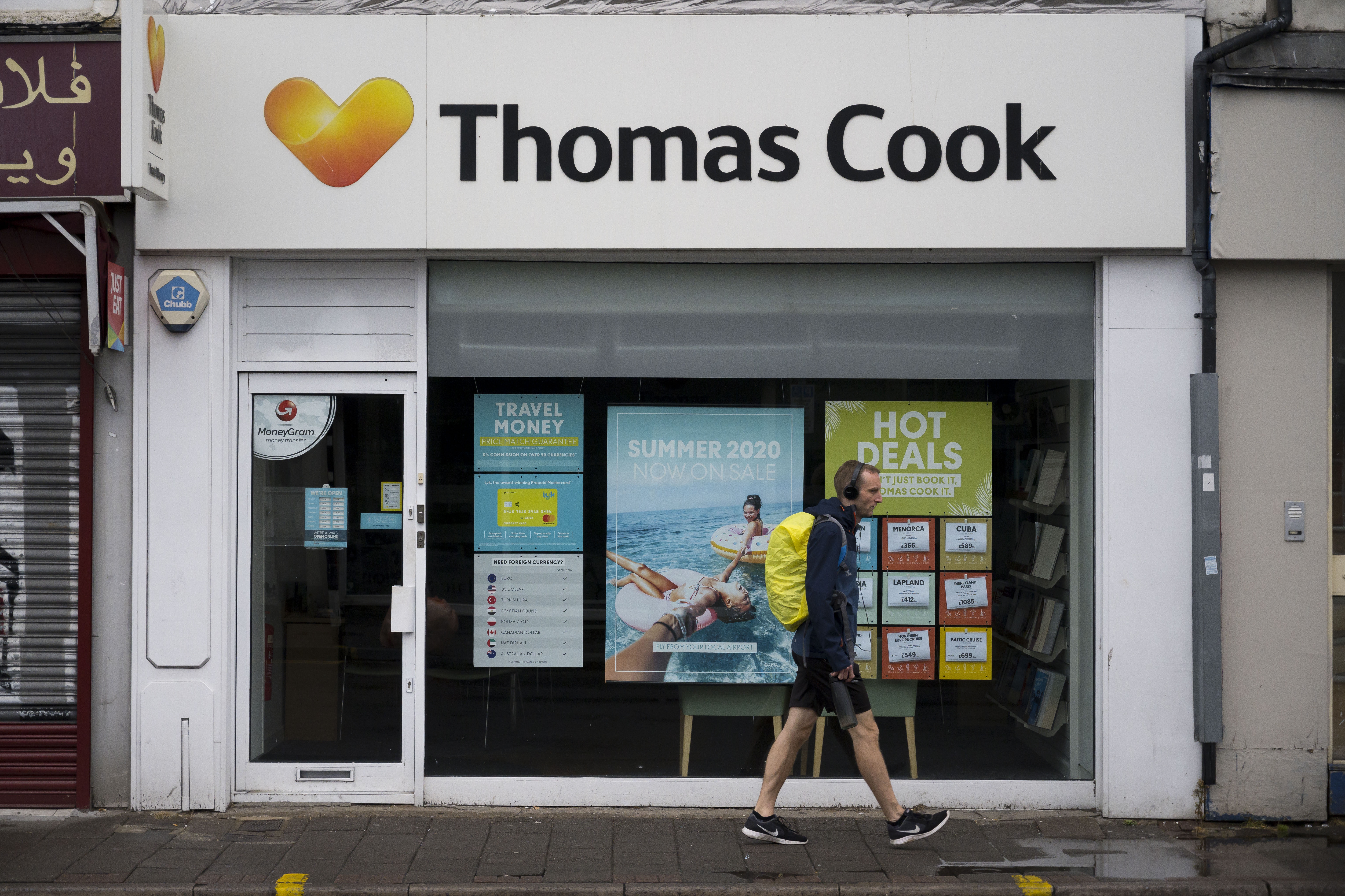 CARDIFF, UNITED KINGDOM - SEPTEMBER 22: A Thomas Cook travel agent store on September 22, 2019 in Cardiff, United Kingdom. Thomas Cook has collapsed after talks over the weekend with lenders, shareholders and the UK government failed to piece together a rescue package for the 178-year-old travel company. The collapse leaves 21,000 jobs at risk and 150,000 UK holidaymakers stranded abroad. (Photo by Matthew Horwood/Getty Images)