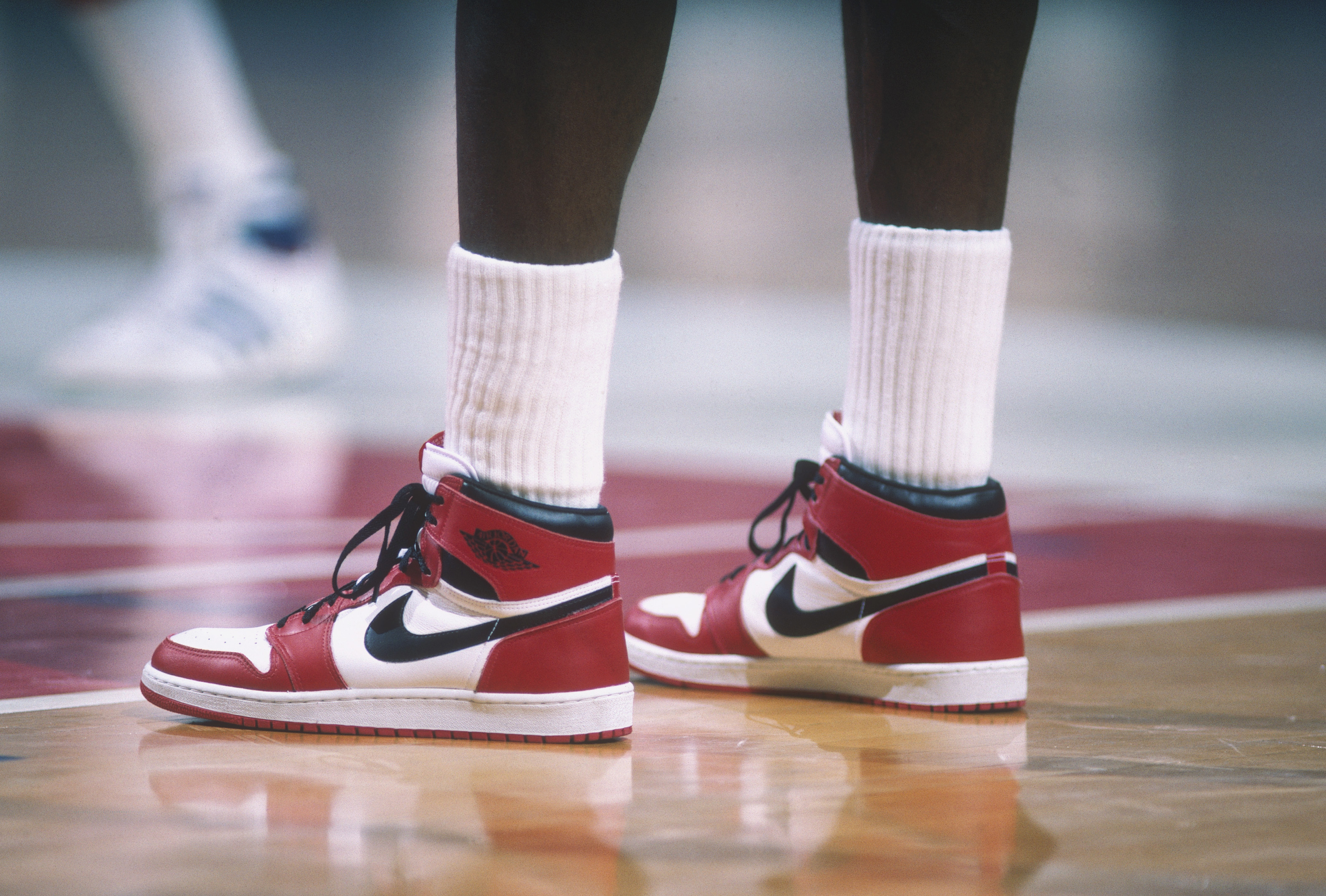 Michael Jordan's signed, game-worn Jordan 1s sell for $560,000, breaking all-time record