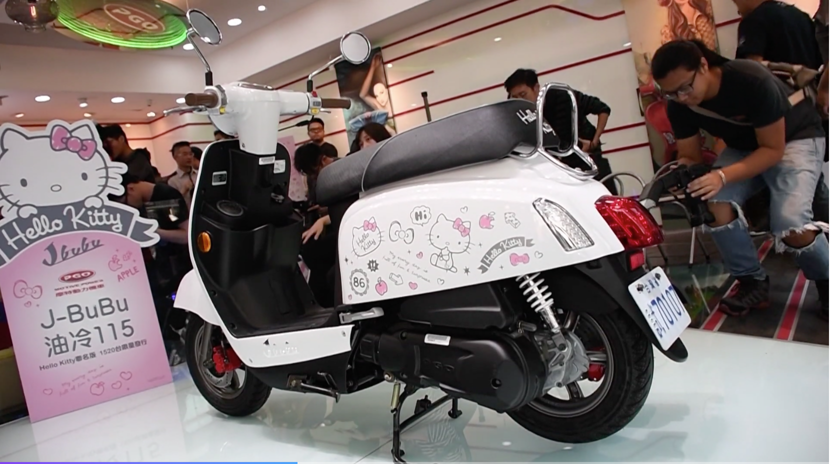 【HD影片】PGO J-BuBu Hello Kitty & 蛋黃哥 聯名版|超萌登場