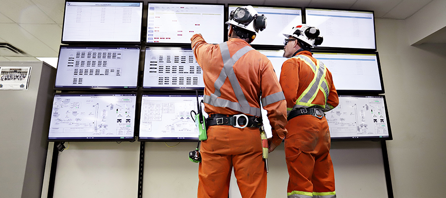 Vale employees monitor operations in real time with digital displays in Totten Mine's warm