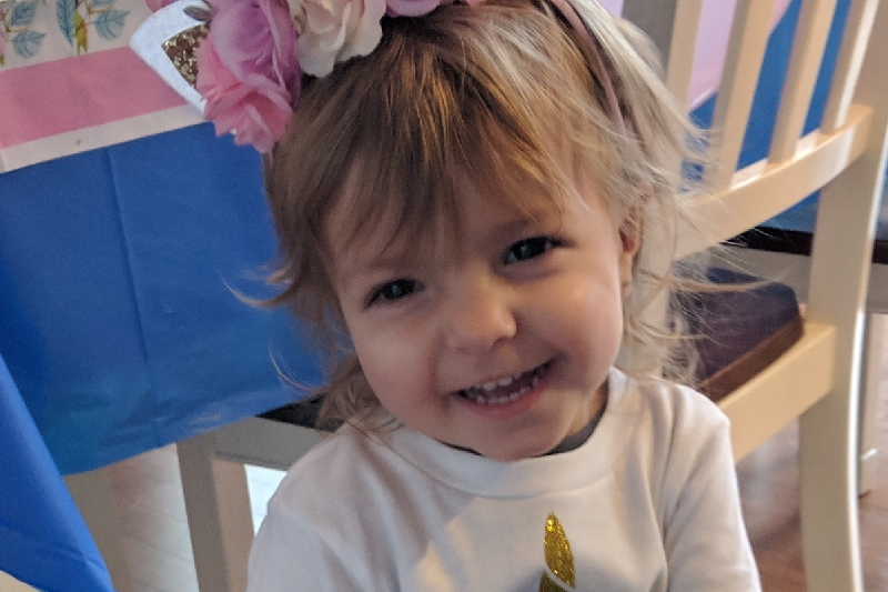 760ec706a5 Two-year-old McKenna Xydias diagnosed with stage-three ovarian ...