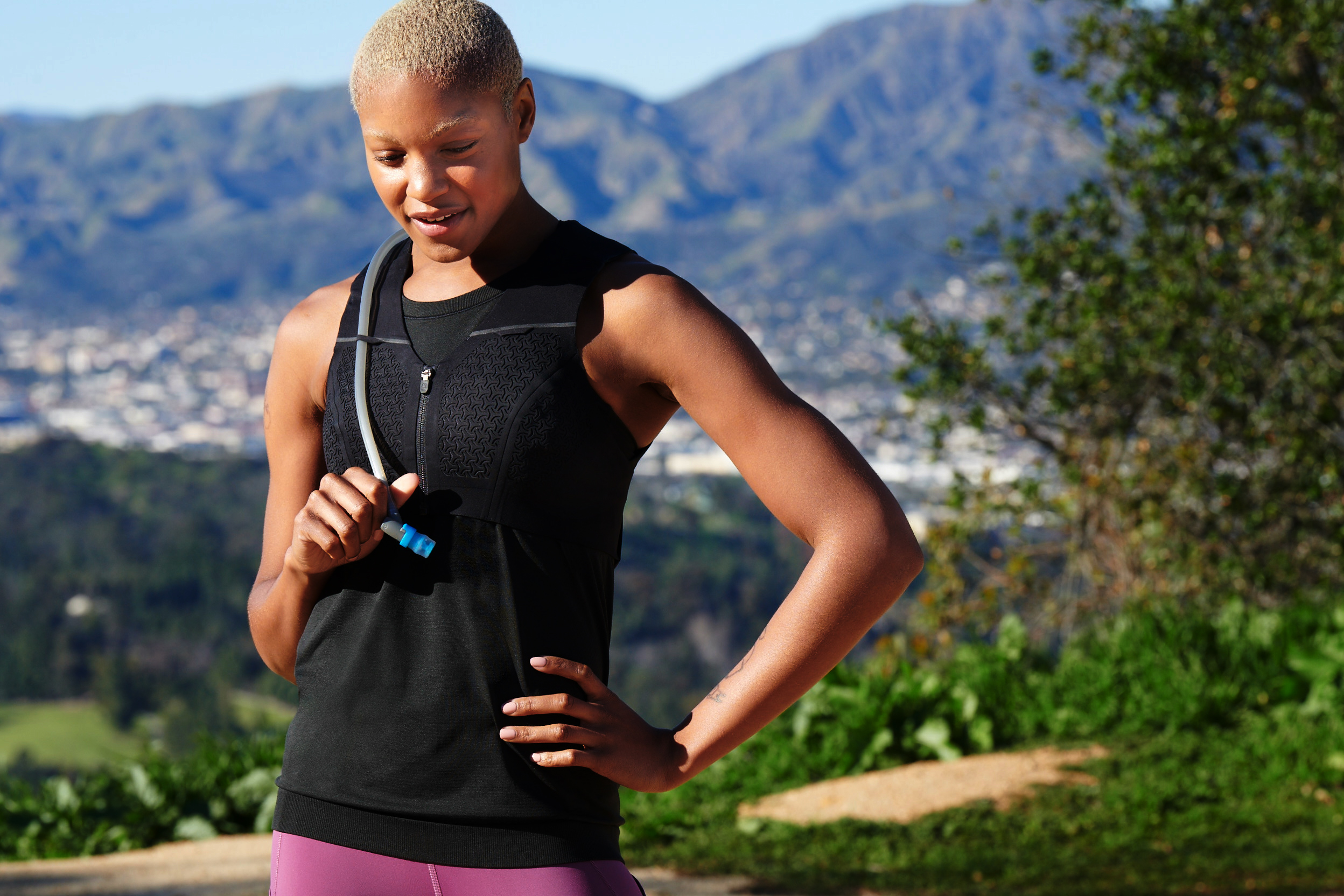 ac1e749f703dd Lululemon launches first vest made specifically for long-distance ...