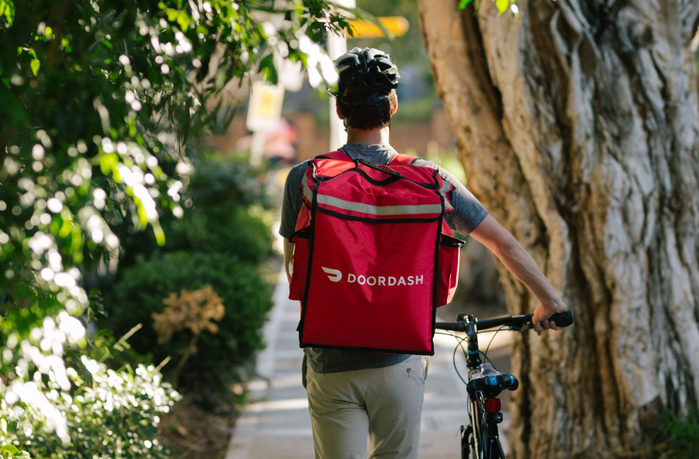 DoorDash is temporarily cutting small restaurant fees in half
