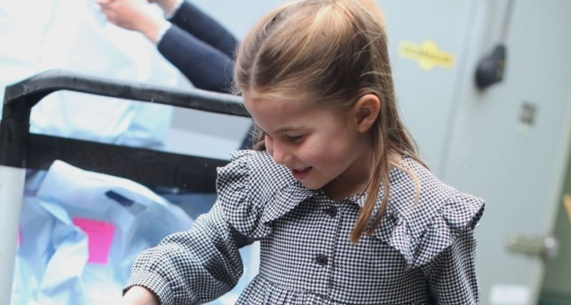 Princess Charlotte can be seen in a new photo delivering pasta to vulnerable people in lockdown (Getty Images)