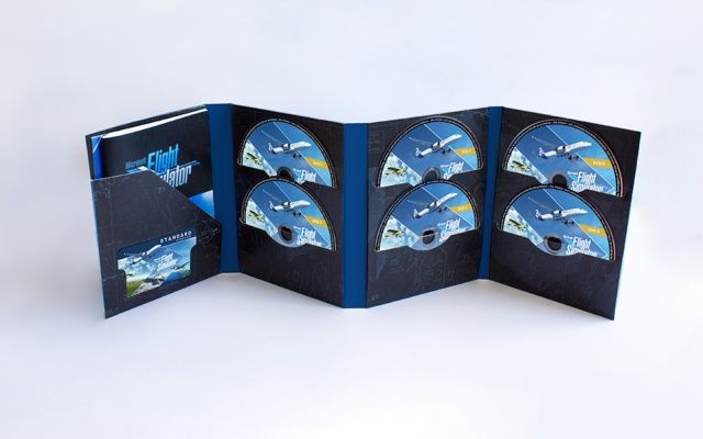 """Photo of New """"Microsoft Flight Simulator"""", packaged version of 10 DVDs also released. For Europe-Engadget Japan version"""