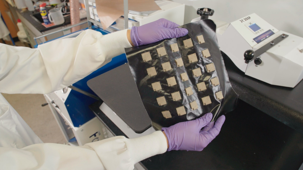 Harvard's transforming robotic fabric could lead to therapeutic wearables