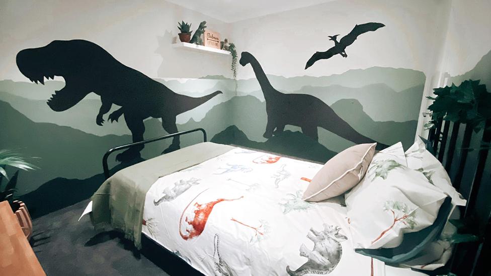 Kmart And Target Dinosaur Bedroom Makeover Goes Viral