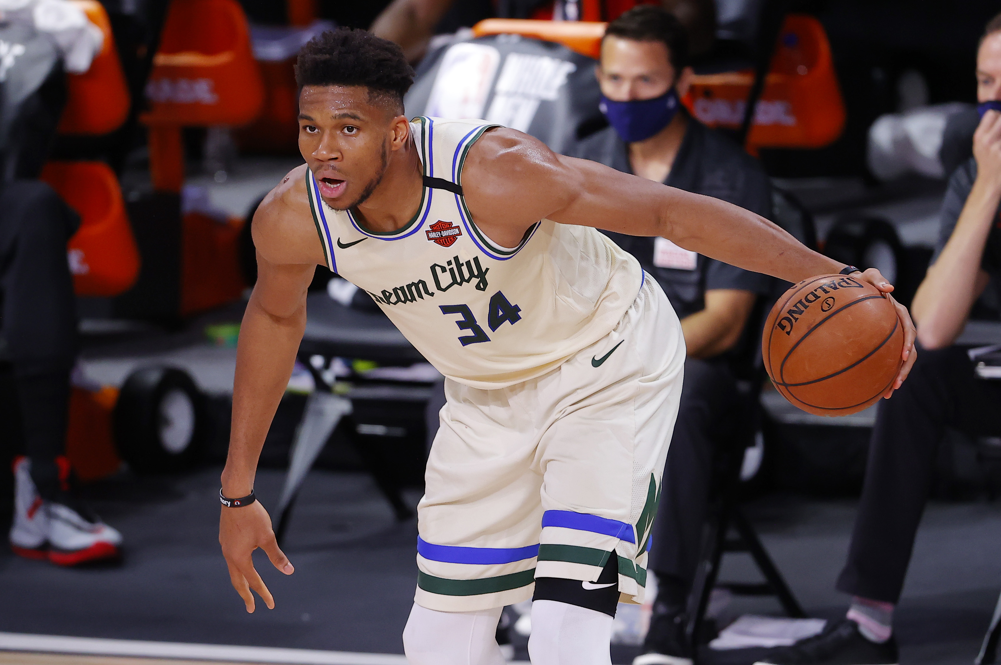 Bucks Fall To Raptors With Giannis Antetokounmpo Out After Dental Surgery
