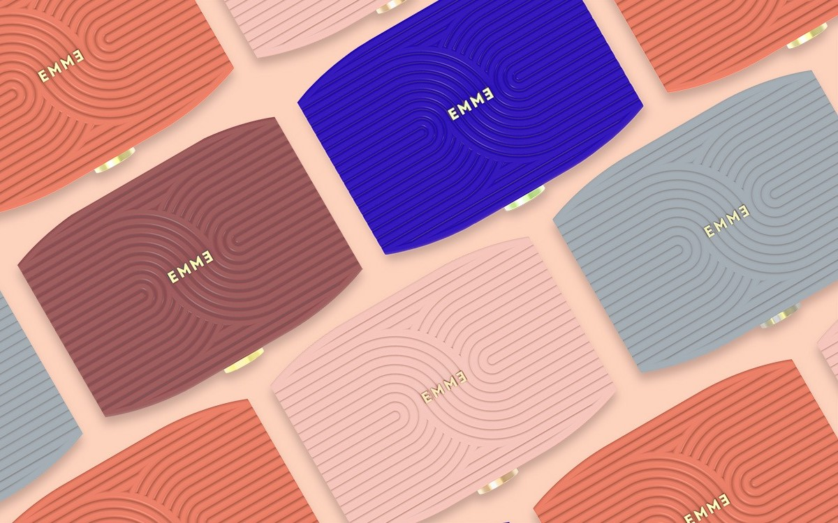 This $99 'smart case' records when you take your birth control pill
