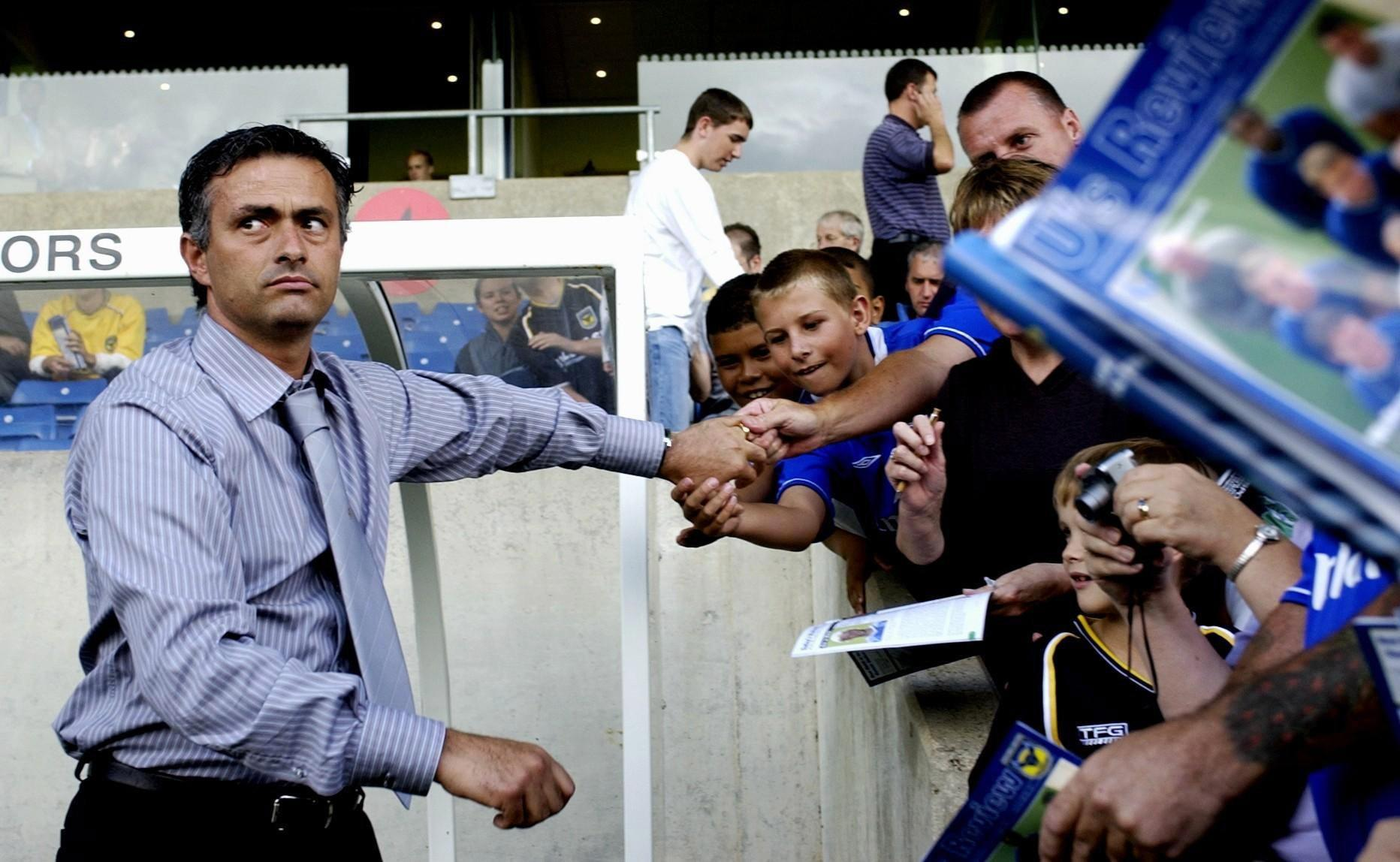 Chelsea's new manager Jose Mourinho signs autographs for fans before watching his side in action against Oxford during the pre-season friendly match at Kassam Stadium.  THIS PICTURE CAN ONLY BE USED WITHIN THE CONTEXT OF AN EDITORIAL FEATURE. NO WEBSITE/INTERNET USE UNLESS SITE IS REGISTERED WITH FOOTBALL ASSOCIATION PREMIER LEAGUE.   (Photo by Chris Young - PA Images/PA Images via Getty Images)
