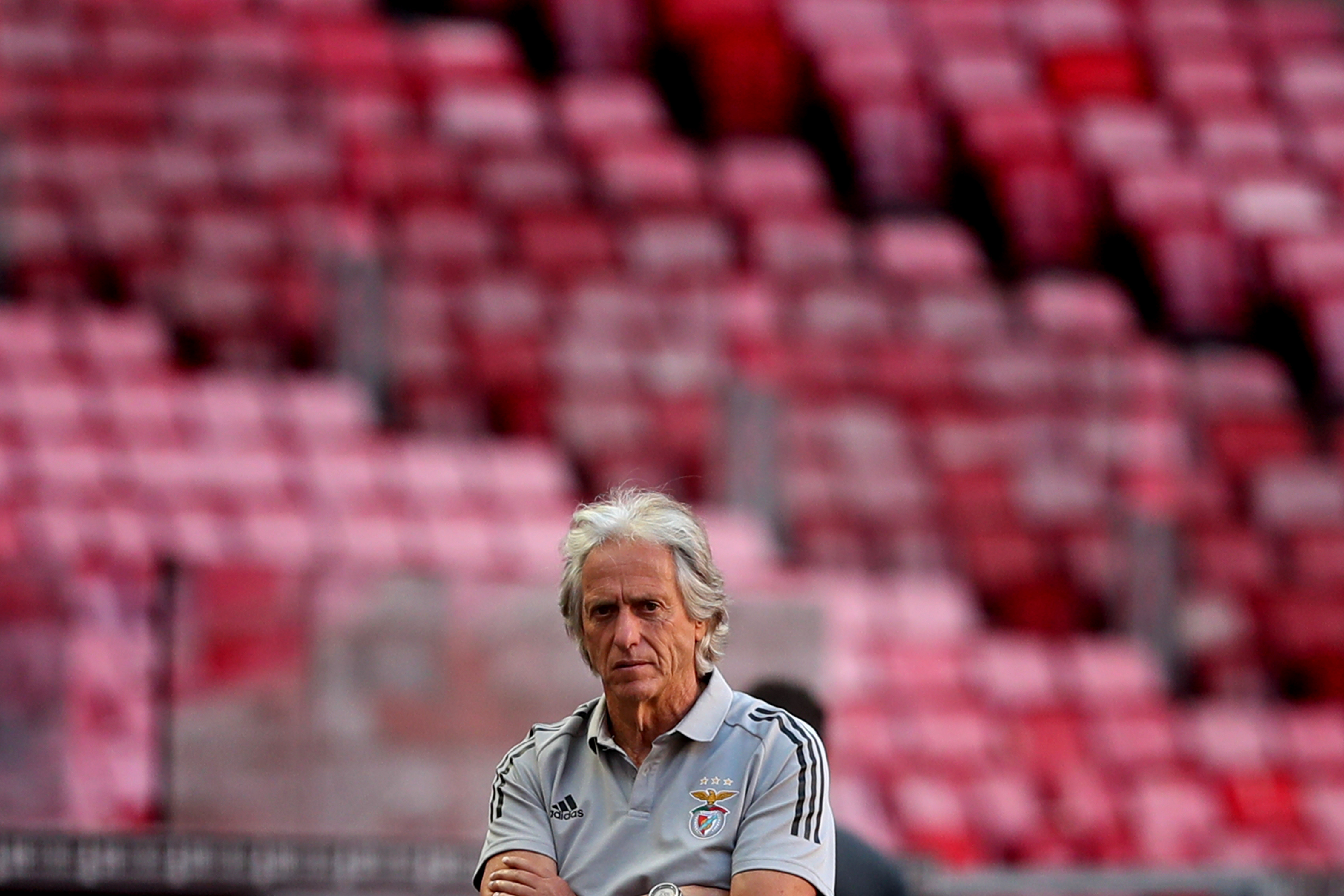 Benfica's head coach Jorge Jesus looks on during the pre season friendly football match between SL Benfica and AFC Bournemouth at the Luz stadium in Lisbon, Portugal on August 30, 2020. (Photo by Pedro Fiúza/NurPhoto via Getty Images)