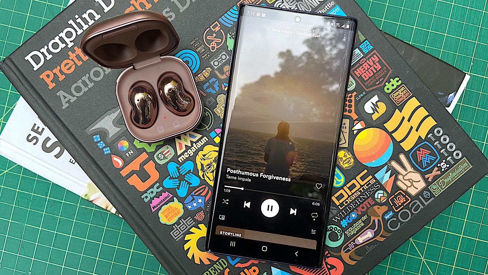 Samsung Galaxy Buds Live Review Unique Design Poor Execution Engadget