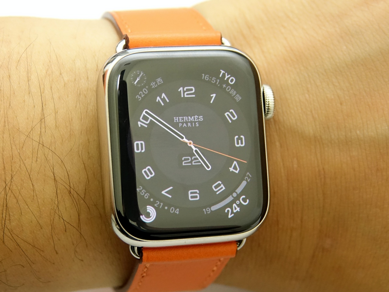 I bought another Apple Watch Hermes, and it feels special with Always On display and Face Sharing - Engadget 日本版