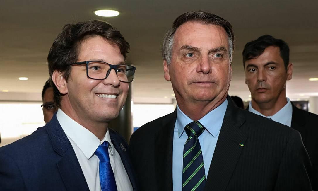 Mário Frias, secretário de Cultura, tem princípio de infarto