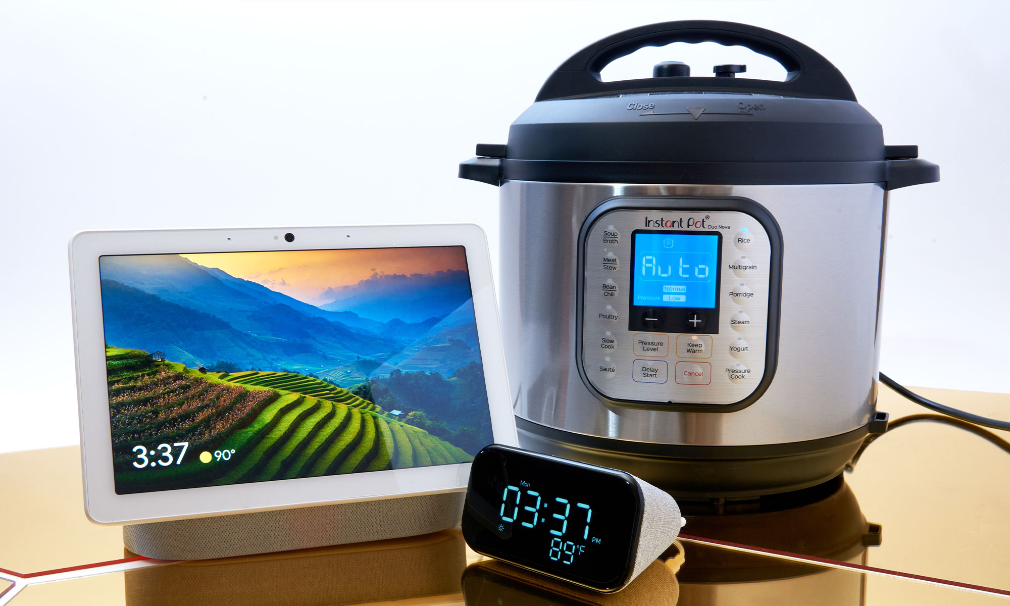 Smart home gadgets and kitchen tech that make great gifts | Engadget