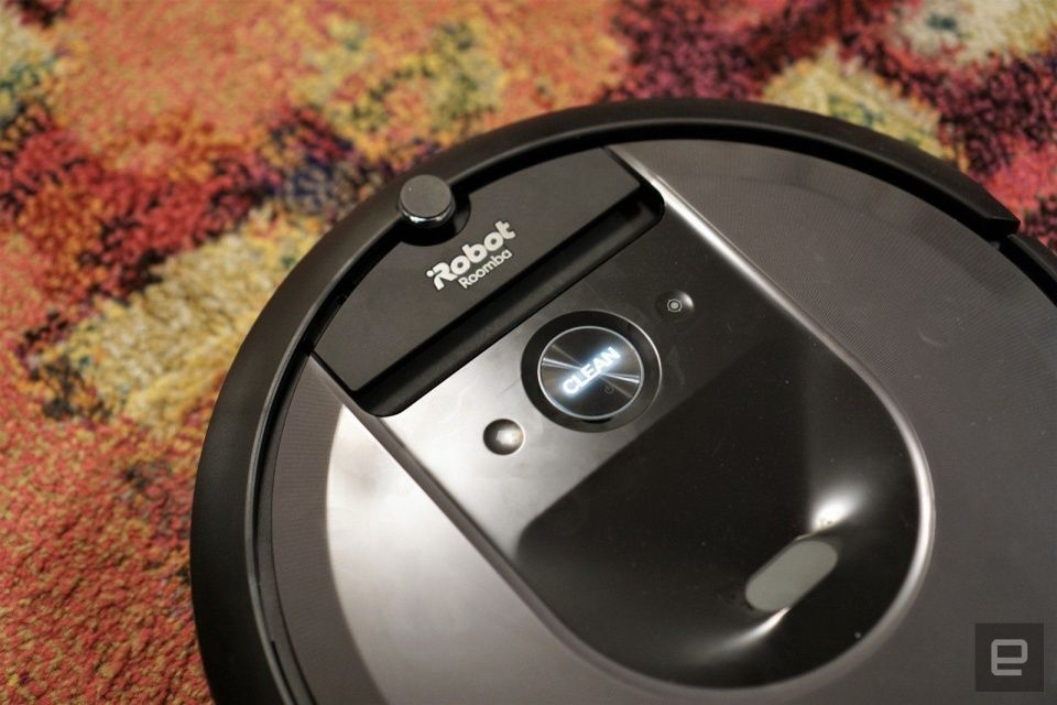 The Roomba i7+ robot vacuum returns to its all-time low price #rwanda #RwOT Halloween