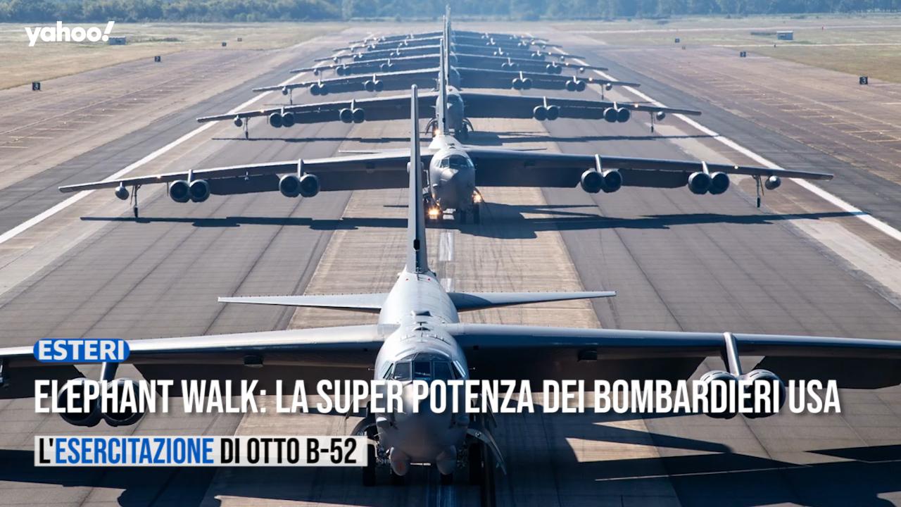 Gli USA mostrano la potenza nucleare con il volo in contemporanea di otto giganti B-52