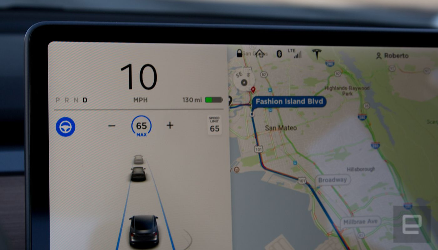 photo of Tesla restores free premium in-car internet for some owners image