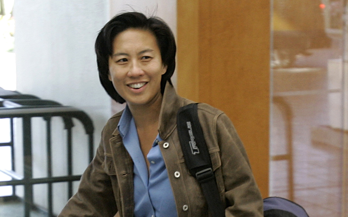 Marlins hire Kim Ng, MLB's first female, Asian-American general manager