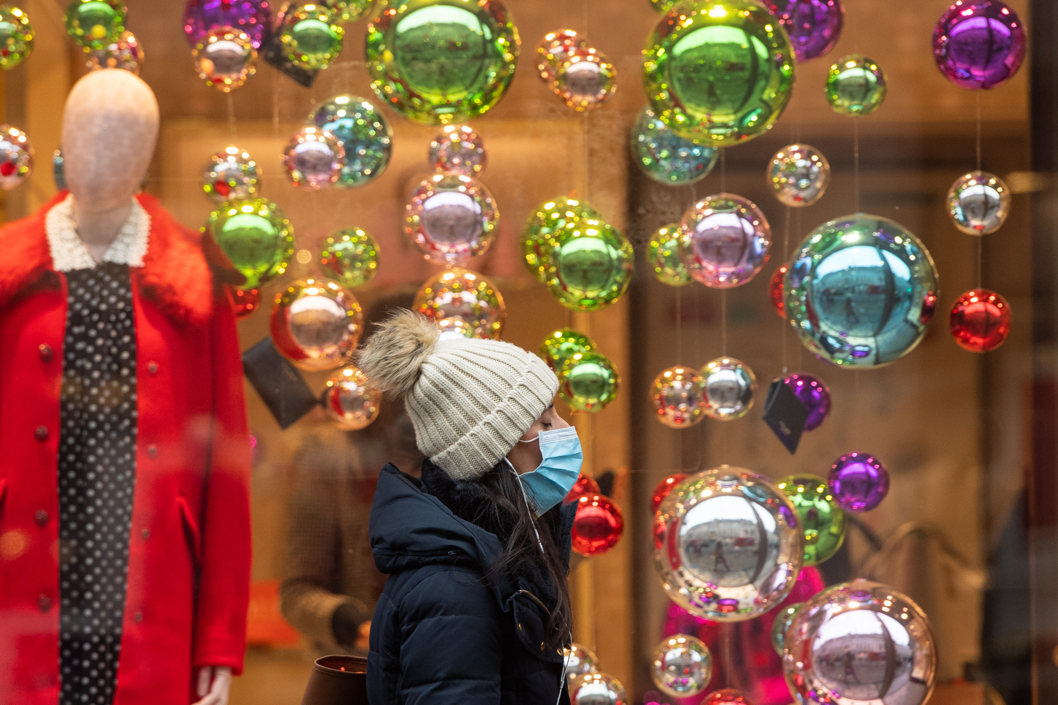 Shoppers on Regent Street in central London. (Photo by Dominic Lipinski/PA Images via Getty Images)