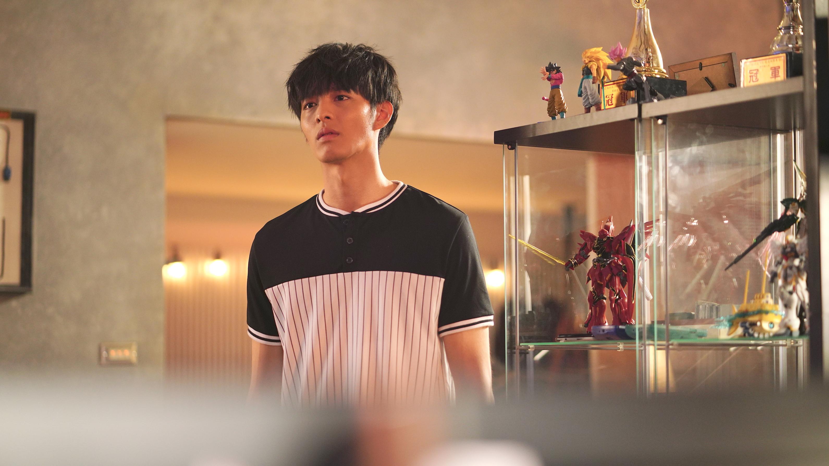 演員曹佑寧在電影《叱咤風雲》中飾演賽車遊戲高手。(創映電影、量能影業提供)