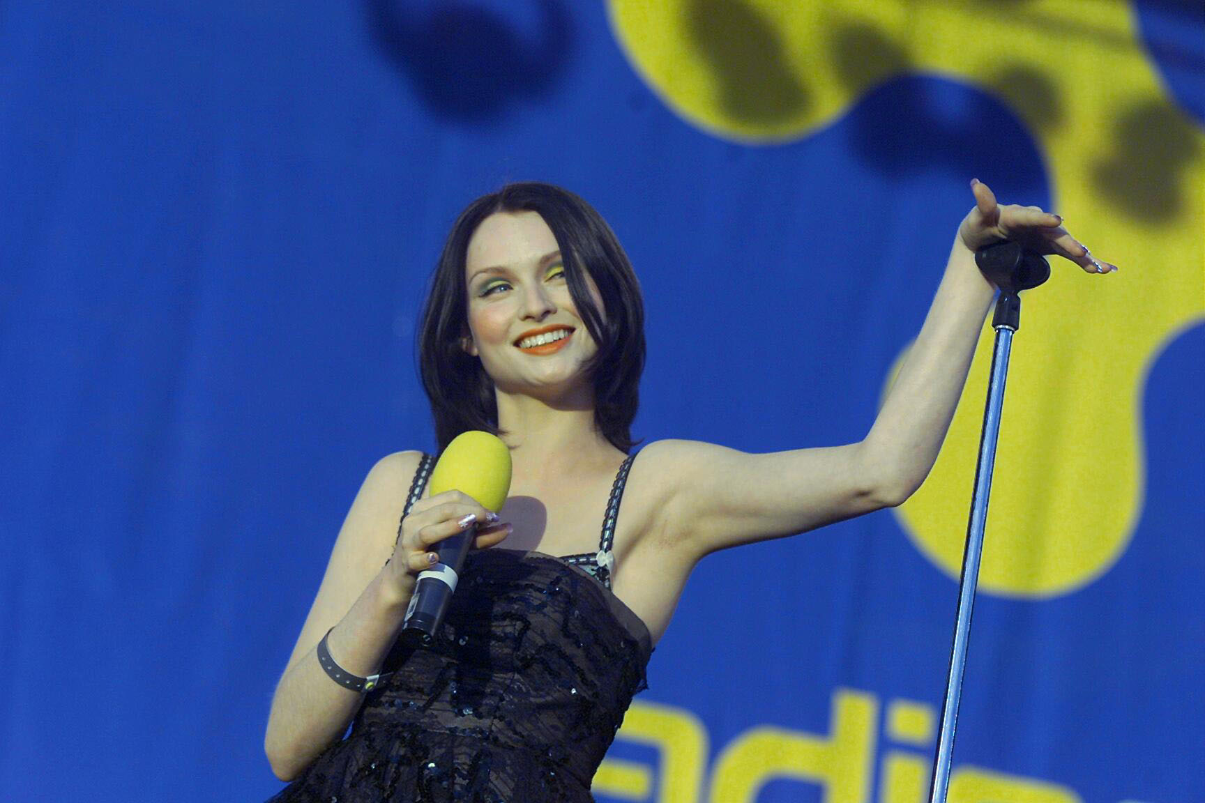 Sophie Ellis-Bextor performs during the Radio City Party at the Pier 2001 in Liverpool.   (Photo by PA Images via Getty Images)