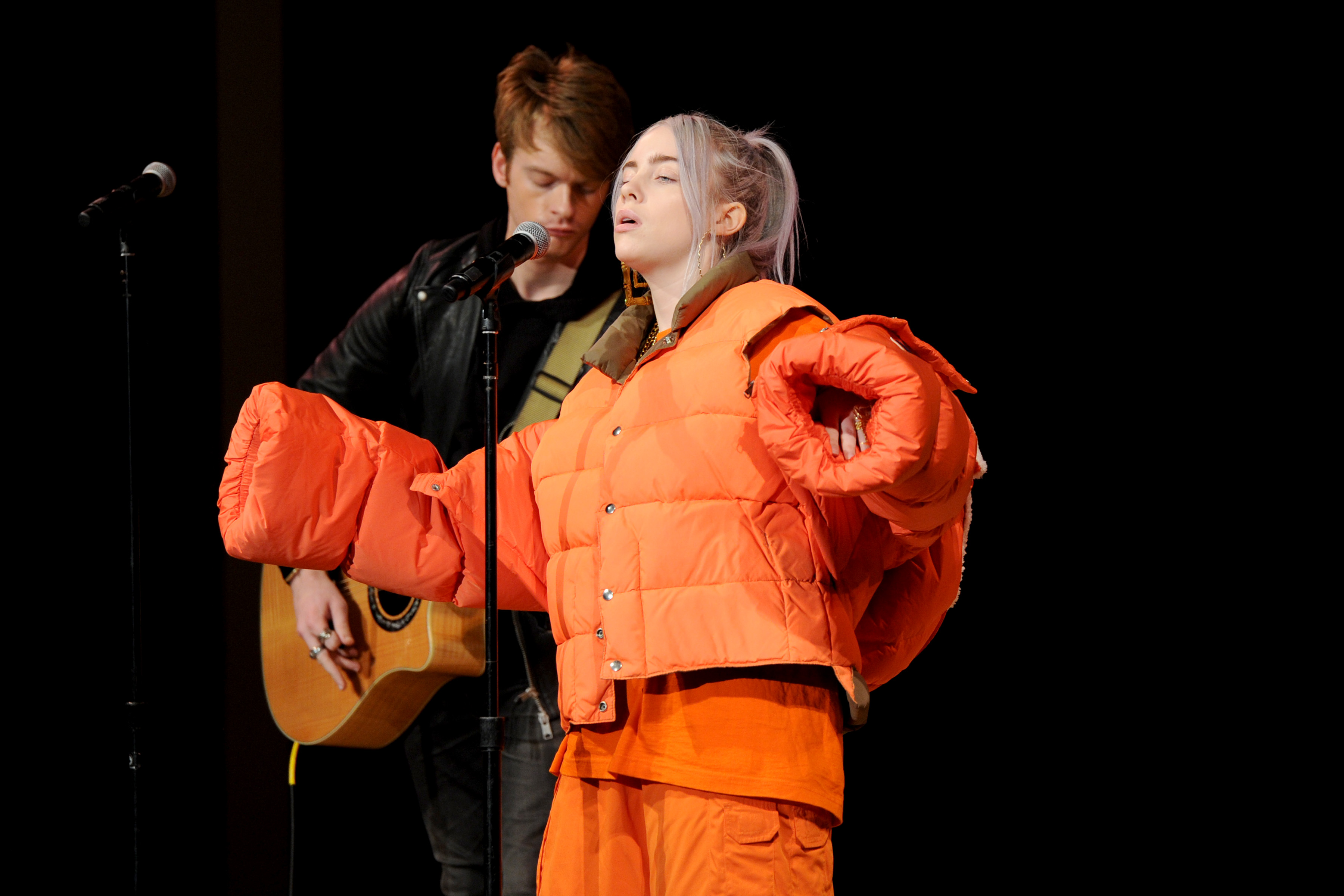 NEW YORK, NY - NOVEMBER 13:  Recording artist Billie Eilish performs onstage during Glamour Celebrates 2017 Women Of The Year Live Summit at Brooklyn Museum on November 13, 2017 in New York City.  (Photo by Craig Barritt/Getty Images for Glamour)