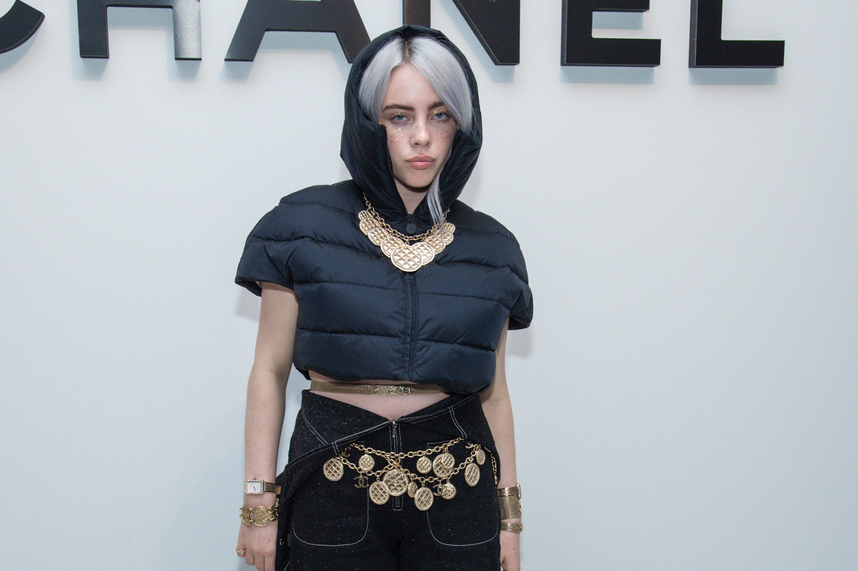 NEW YORK, NY - NOVEMBER 10:  Singer Billie Eilish, dressed in Chanel, attends the CHANEL celebration of the launch of The Coco Club at The Wing Soho on November 10, 2017 in New York City.  (Photo by Mark Sagliocco/Getty Images)