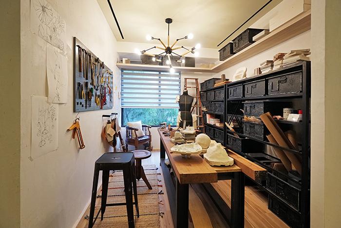 打造特色工作場域,復古與設計感氛圍濃厚。