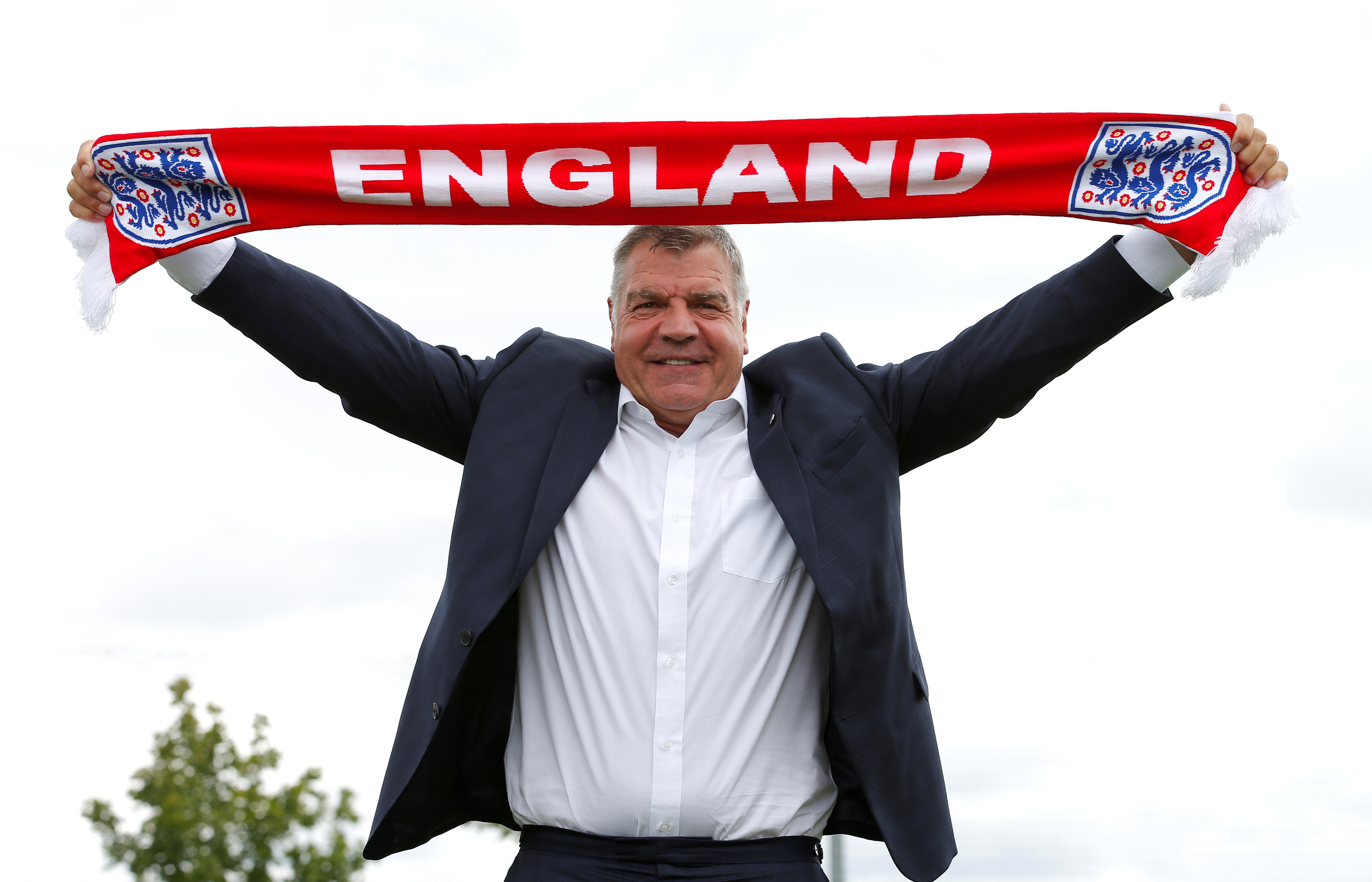 FILE PHOTO -  Britain Football Soccer - England - Sam Allardyce Press Conference - Hilton Hotel, St. George's Park, Burton upon Trent, Staffordshire - 25/7/16England manager Sam Allardyce poses after the press conferenceAction Images via Reuters / Andrew Couldridge/File Photo