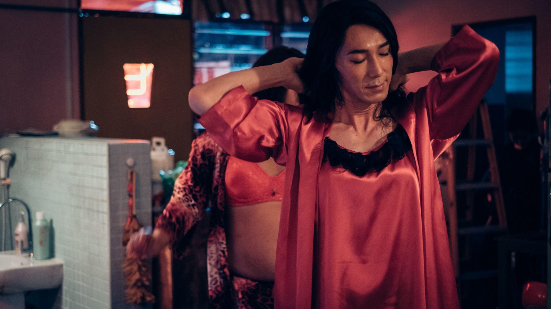 李李仁每天花费1个半至2小时的时间扮女装