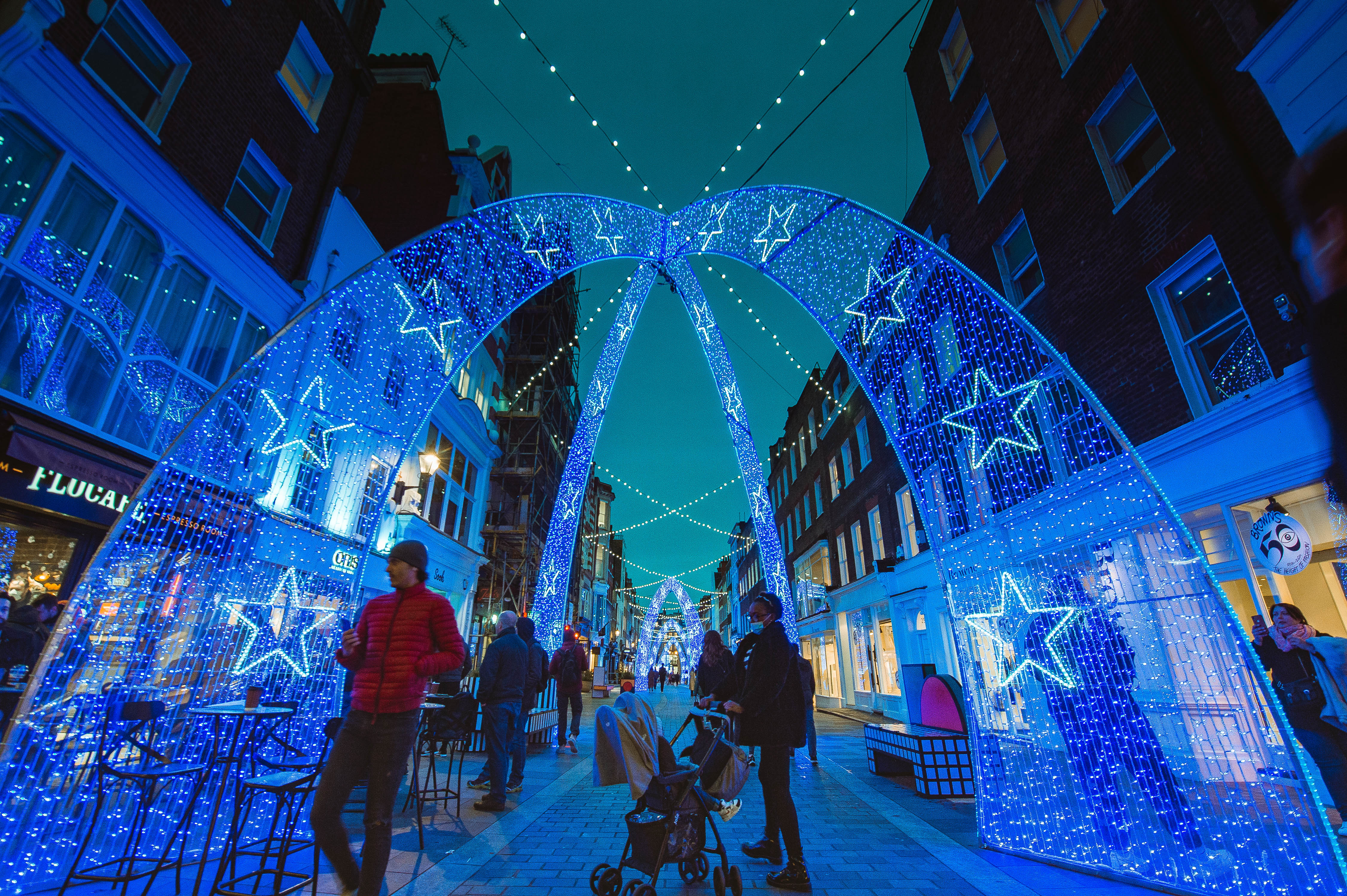 LONDON, ENGLAND - DECEMBER 04:  Christmas light installation on South Molton Street near Bond Street station on December 2, 2020 in London, England. Many Christmas events have been cancelled this year due to the Coronavirus Pandemic but London is festooned with Christmas Lights across the capital.  (Photo by Joseph Okpako/Getty Images)