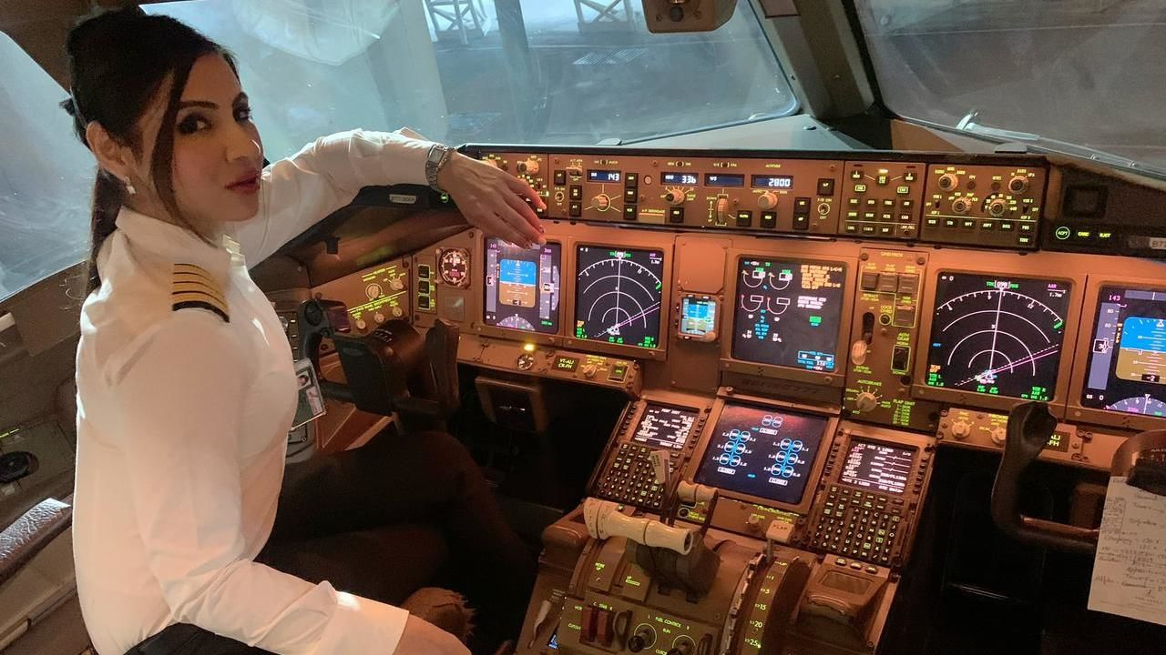 Up Close And Personal With Boeing-777 Pilot Captain Zoya Agarwal