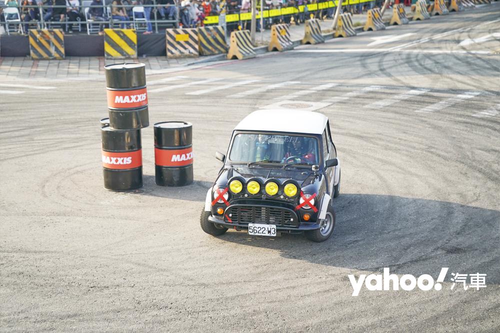 老mini也在所有比賽車都結束之後,10輛車共同參與四個回合的拉力正賽,最後有8輛車完賽。