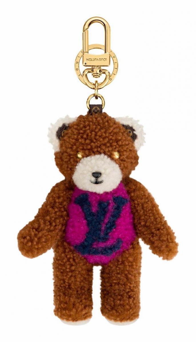 這款Monogram Teddy 系列的小熊吊飾,可愛的配色隨便掛在一款包包上都超級可愛!