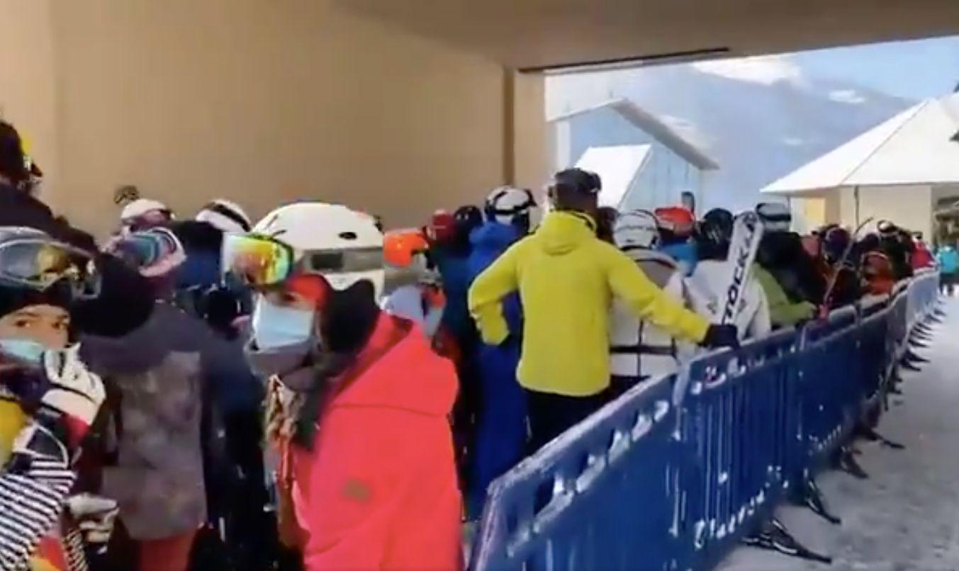 Un vídeo de Sierra Nevada colapsada deja en evidencia a Juanma Moreno y su permisividad polémica con el esquí
