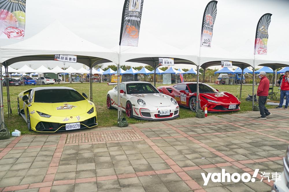 這場賽事不同於以往的拉力賽,參賽車輛出現許多牛馬蛙等超跑或是廠車報名。