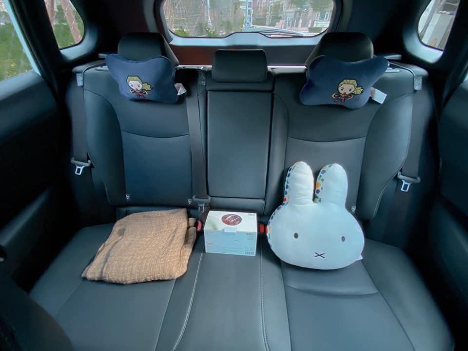 【明星聊愛車】王上菲從Toyota Yaris進階Corolla Cross跨界休旅看重安全性!開雪隧打瞌睡靠安全警示系統救命
