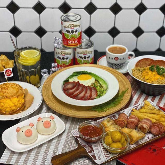 菜單上知名的還有港式奶茶、炒蛋西多士等。是若外地旅客來到台北,也可以訪問嚐鮮的港式餐廳。