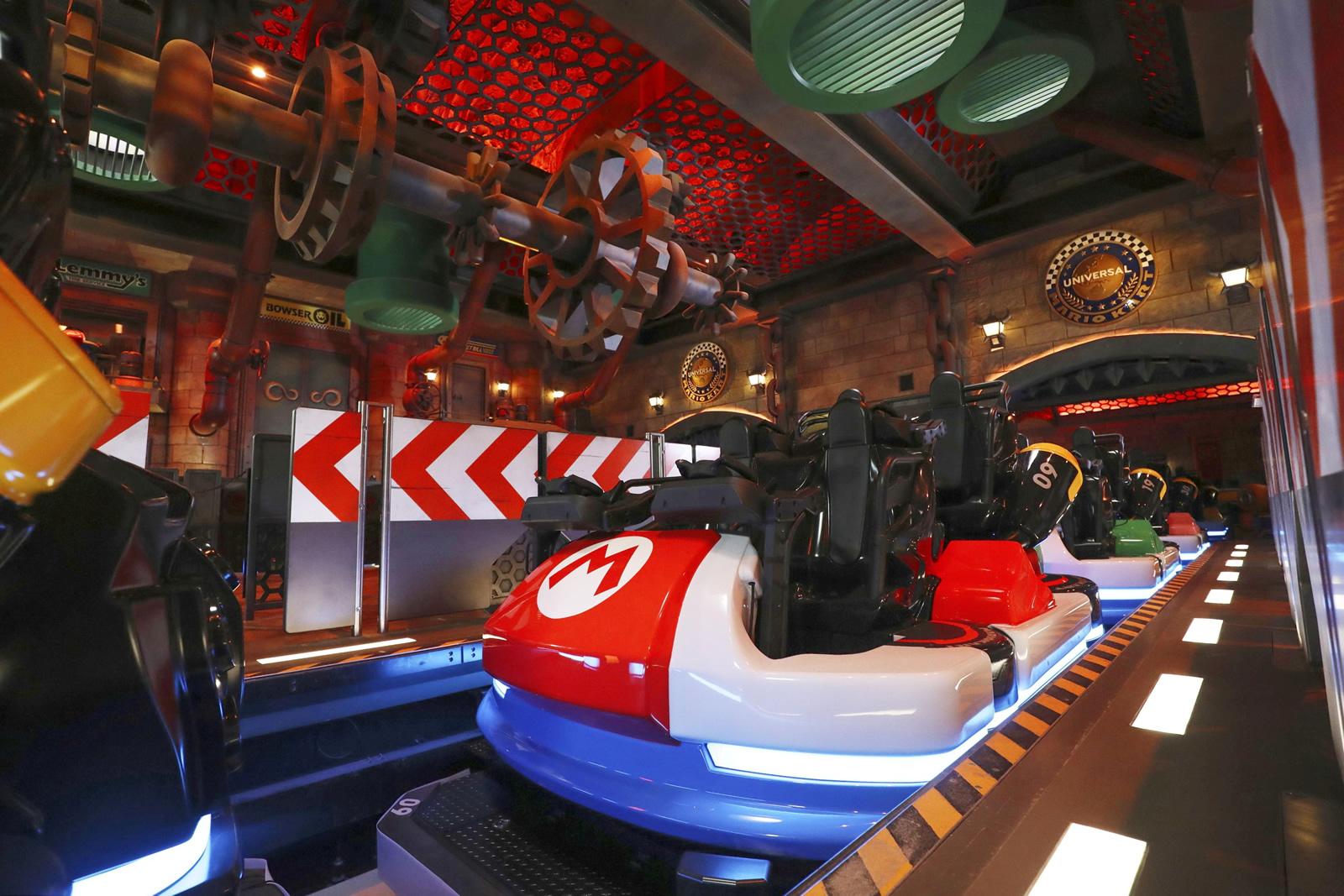 Super Nintendo World Mario Kart